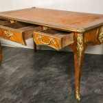 XV Louis Ofis Masası